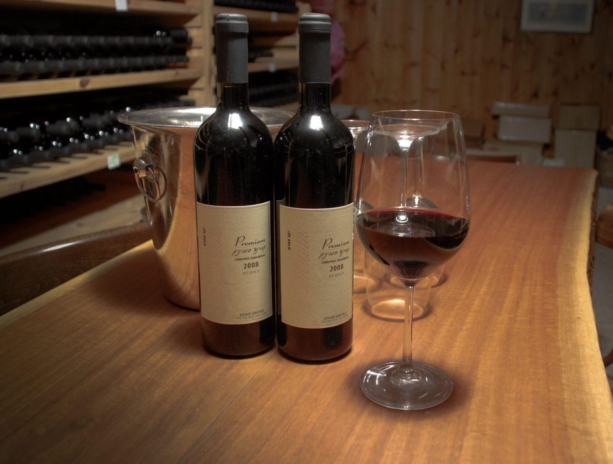 מה אומרים על היין שלנו לאחר טעימות